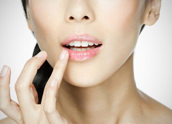 питание кожи губ